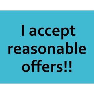 I accept reasonable offers!!! Happy Poshing!